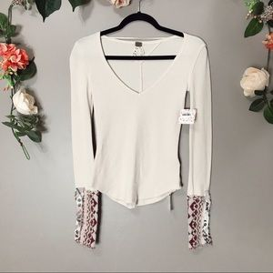 NWT Free People | Art school embroidered thermal